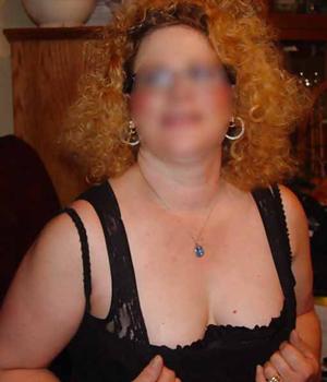 Femme coquine cherche un plan cul à Paris (75)