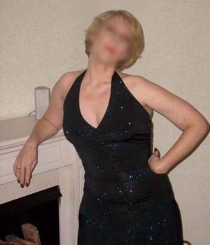 Femme mature recherche un plan cul à Paris (75)
